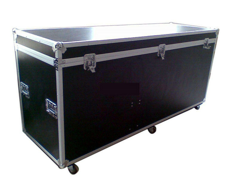530 x 680 x 1100 mm Wooden / Plastic 24U Rack Flight Case With Black
