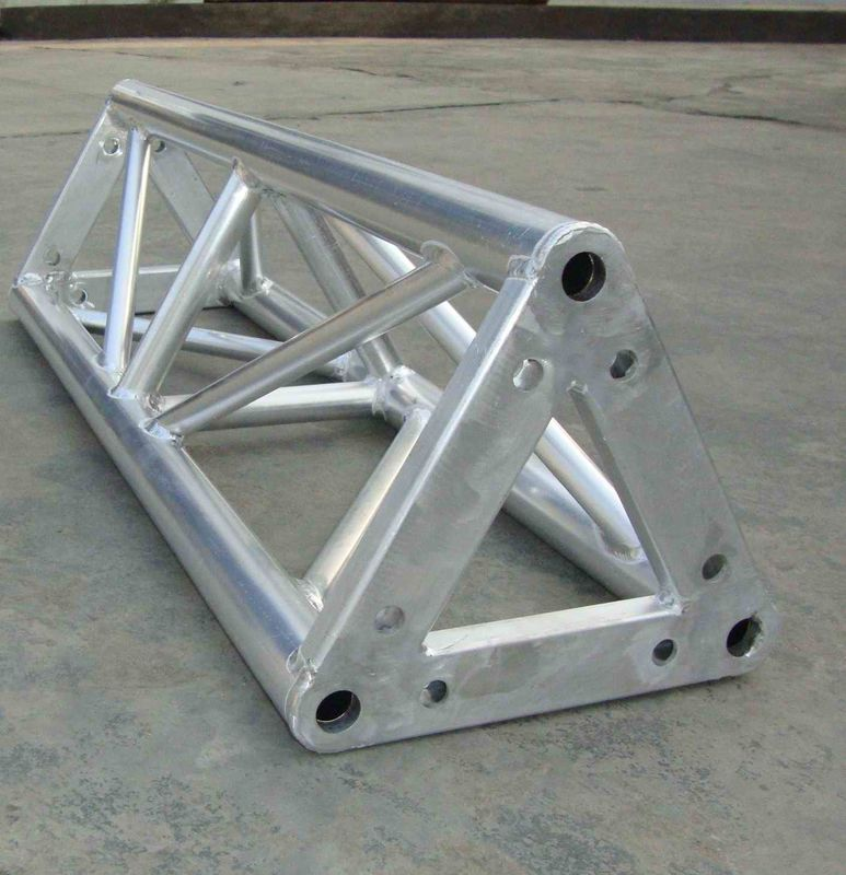 Silver Aluminum Triangle Truss , Durable Roof Truss For Speaker