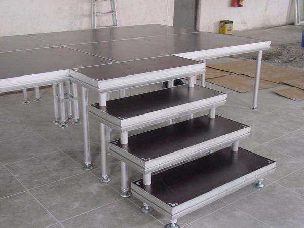 Aluminum Outdoor  Movable Stage Platform , Portable DJ Stage Outdoor Adjustable Height Stage